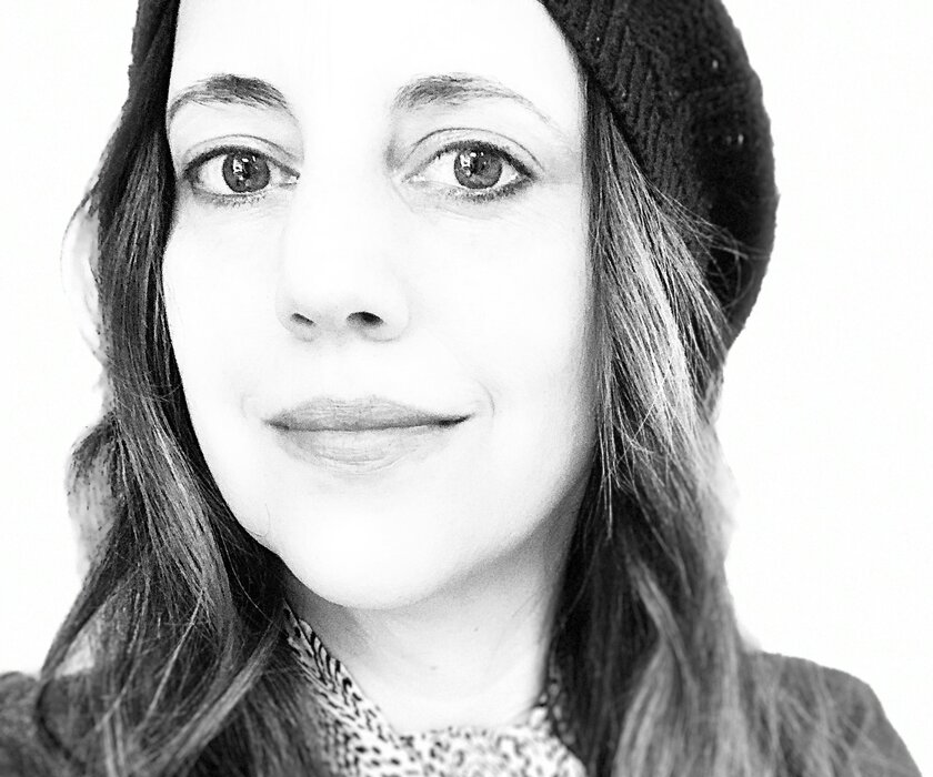 Liz Tormes is a singer, songwriter, photographer and photo editor at Scientific American based in New York.